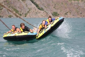 Speedbootfun Kneeboarden en Funbanden in de Franse Alpen