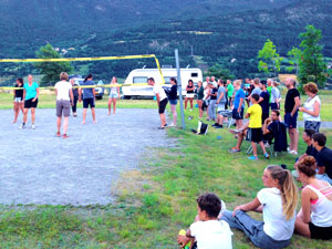 volleybal wedstrijd op Camping Les Eygas